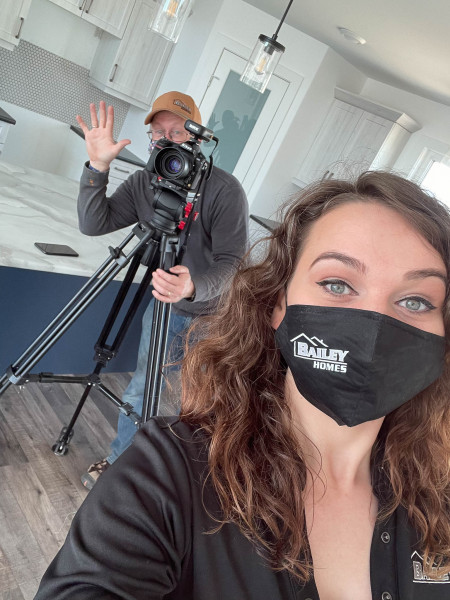 Chelsea and Fred back doing some video!