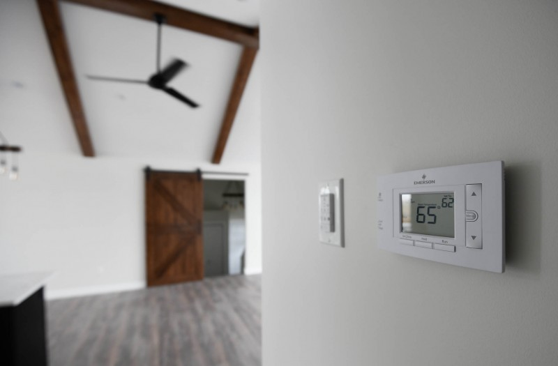 Thermostat.